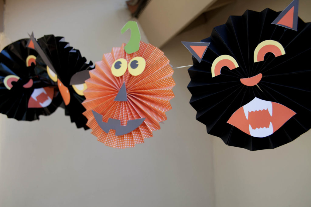 Smash Cake SoCal | Spooky Halloween Party, scary, trees, owls, bats, spiders, banner, black cat