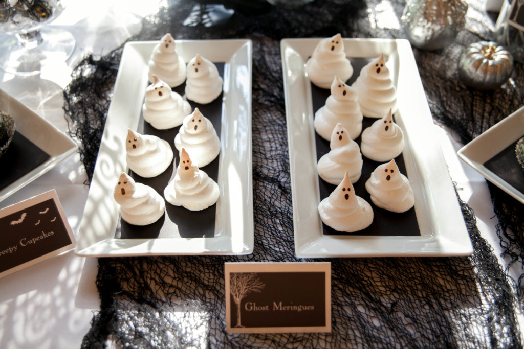 Smash Cake SoCal | Spooky Halloween Party, ghosts, meringues, scary