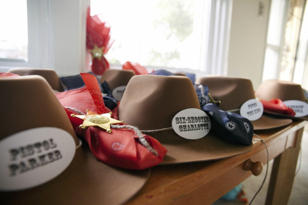 Smash Cake SoCal | Rustic Western Cowboy 1st Birthday FREE digital download, free cupcake toppers, free circle tags, free food labels, vintage, eye-haw, rope art, rope name, western party decor, favor