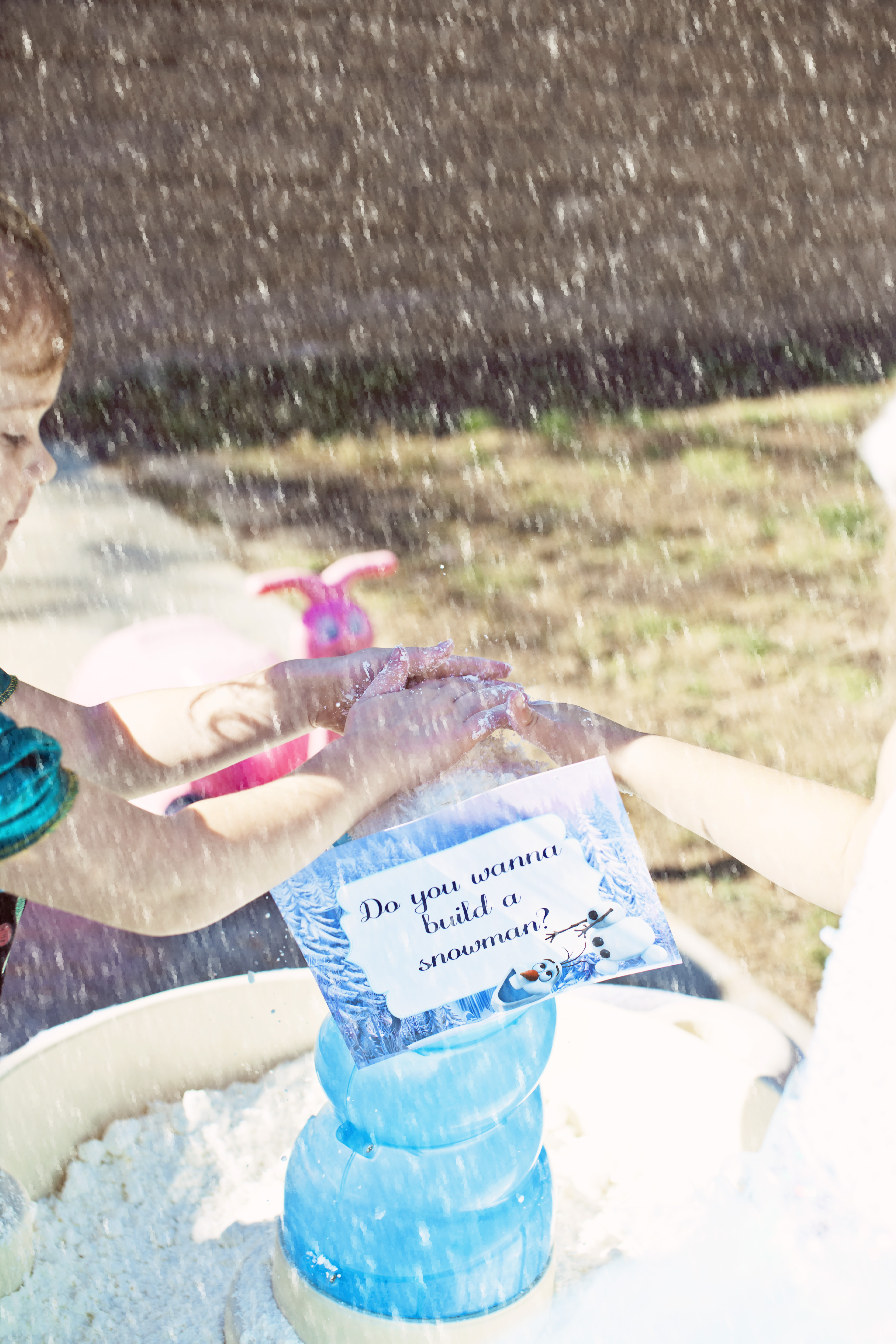Frozen Snow Table Activity