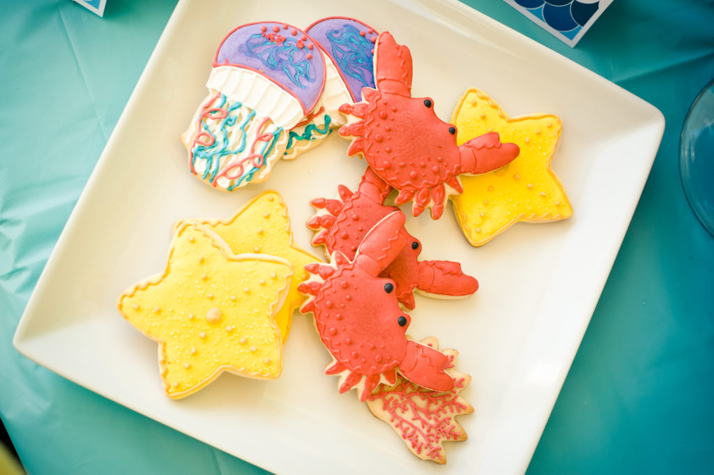 Marigold Mom | Under the Sea Water Party , Summer Party, Fish, Party Food, Jellyfish Cookie, Crab Cookie