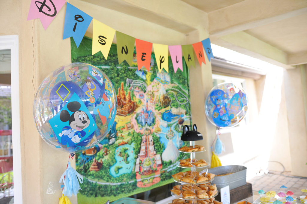 Smash Cake SoCal | Vintage Disneyland Baby Shower for Baby Boy, mickey mouse, mickey head, cupcakes, mickey rice krispies, magic kingdom, happiest place on earth